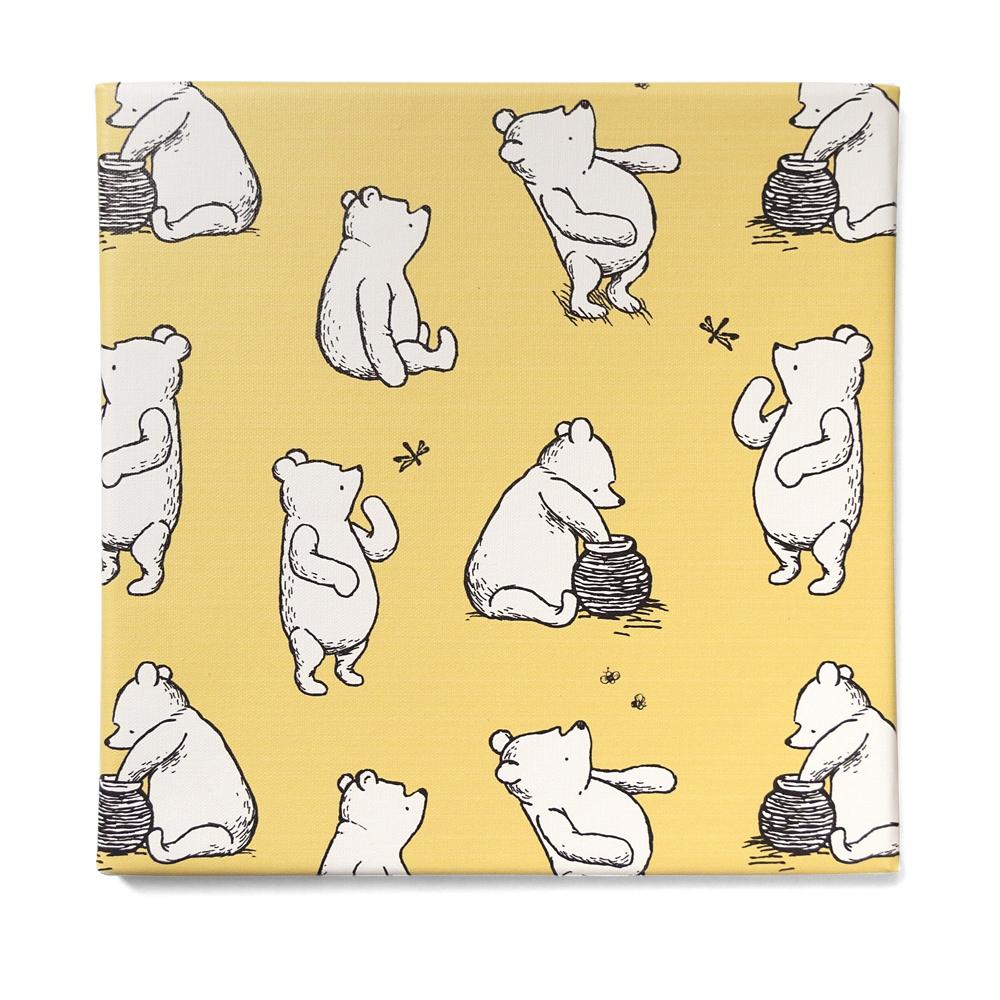 shopDisney先行販売・ハチミツの日シリーズ くまのプーさんのファブリックパネル「プーさん大集合」