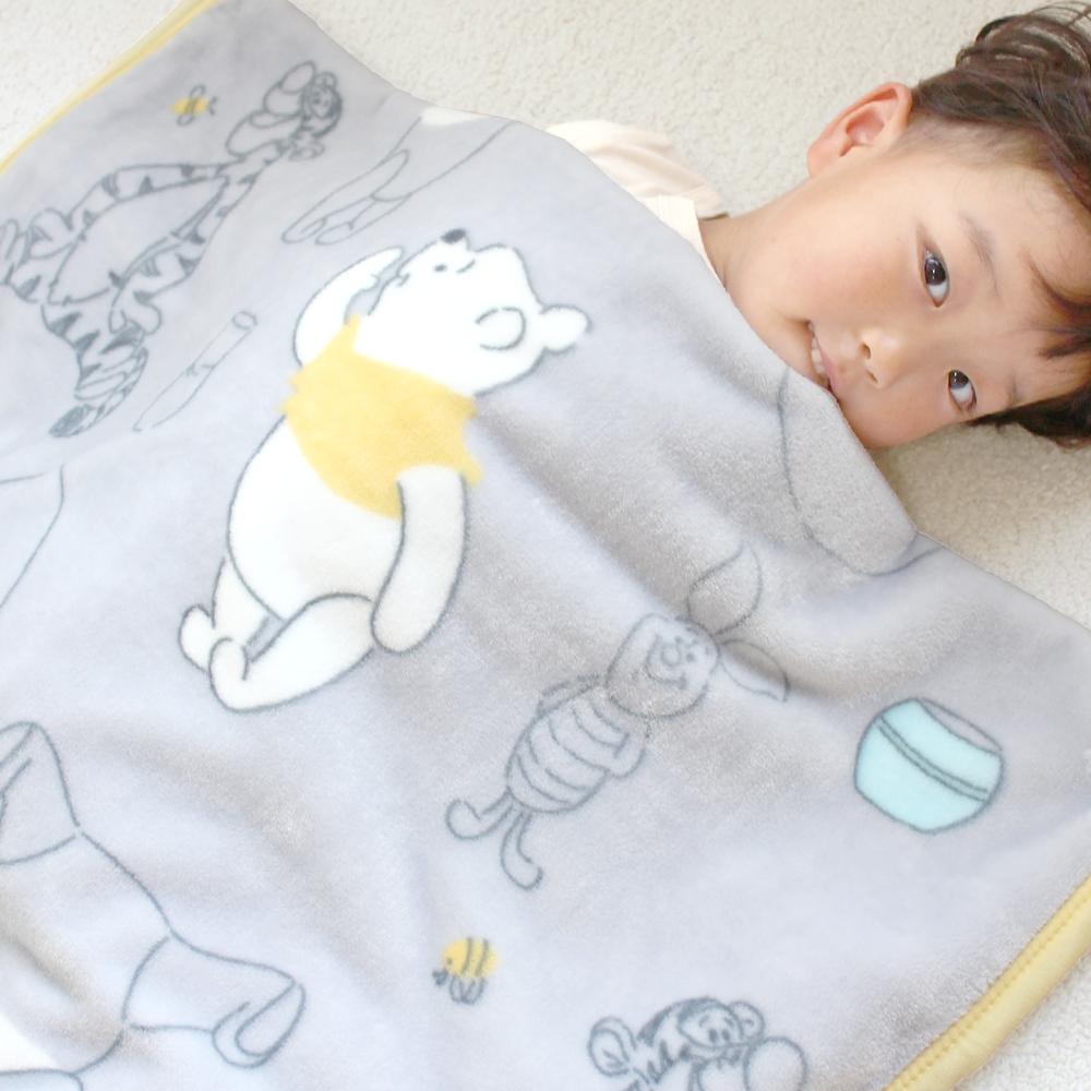 毛布 プー&フレンズ 85×115cm ニューマイヤー素材