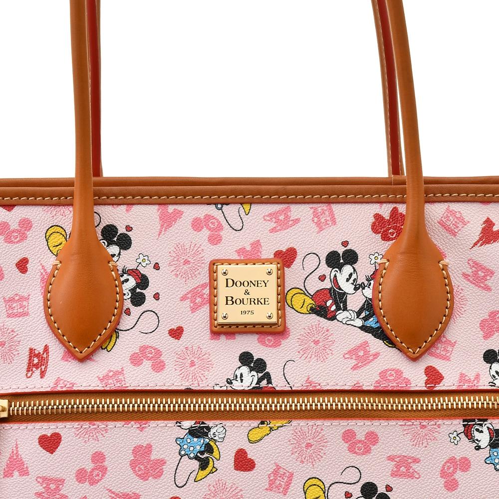 【送料無料】【Dooney & Bourke】ミッキー&ミニー トートバッグ Mickey & Minnie Love