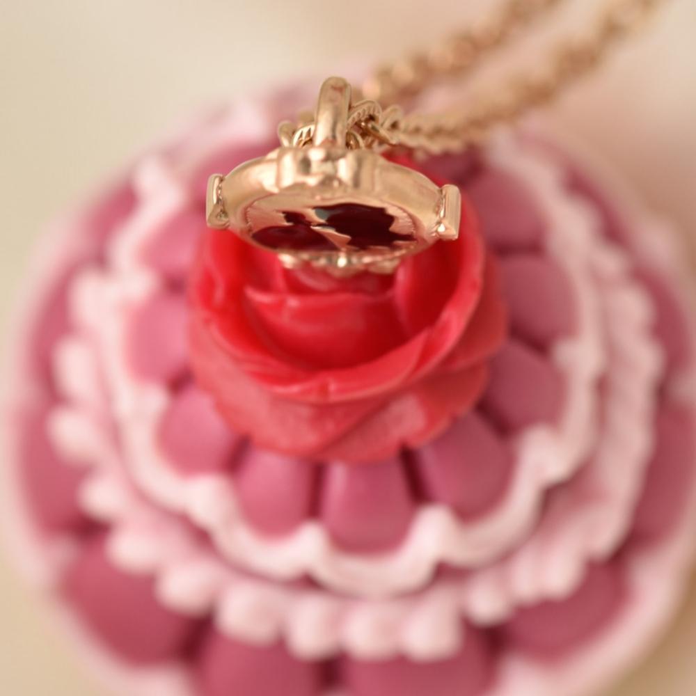 【キューポット】美女と野獣/ネックレス ベルドレスケーキ (ピンク)