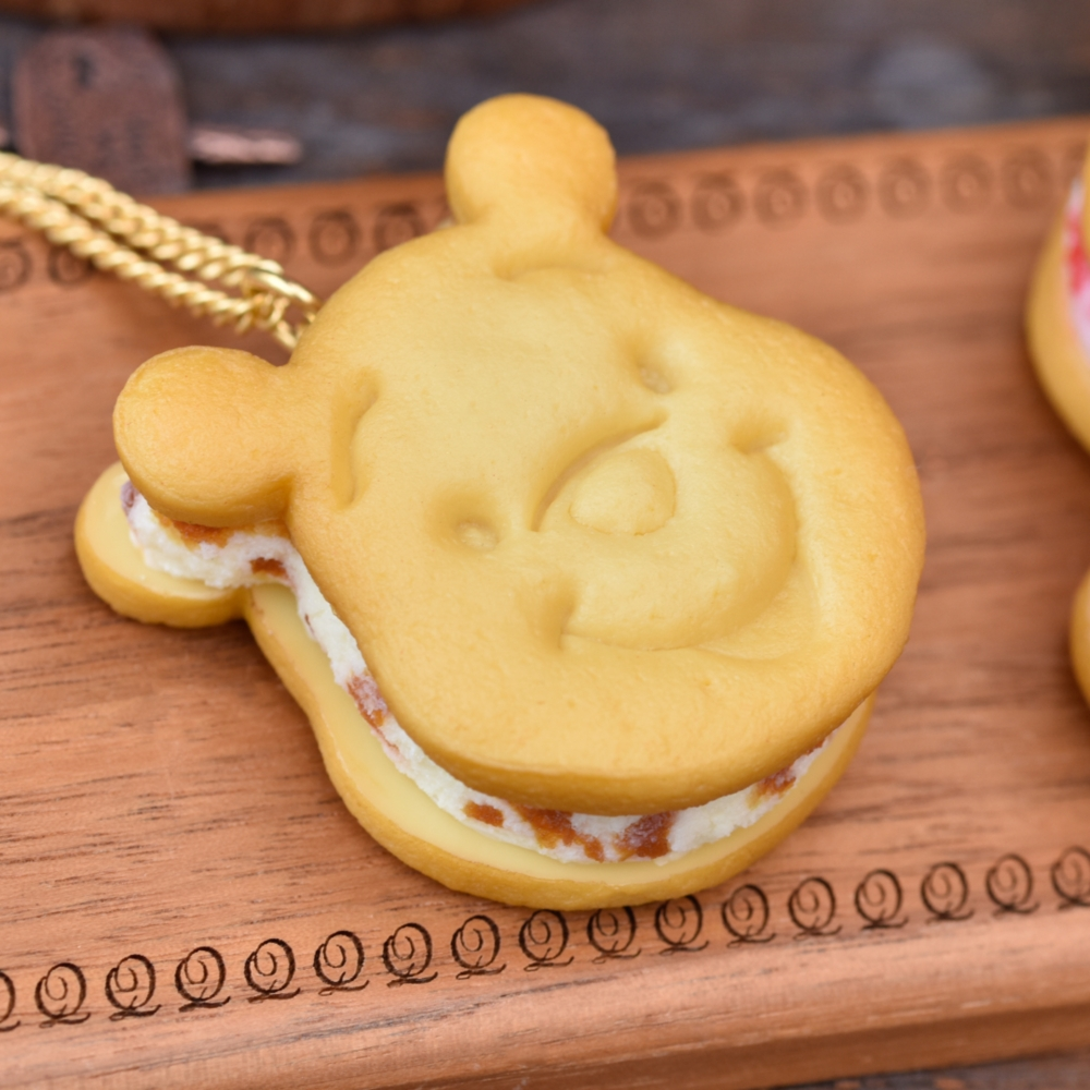 【キューポット】プーさん /ネックレス ハニーキャラメル クッキーサンドアイス
