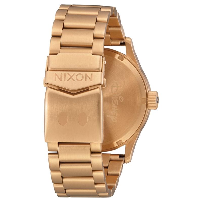 【NIXON】ミッキー 腕時計・ウォッチ SENTRY SS ゴールド