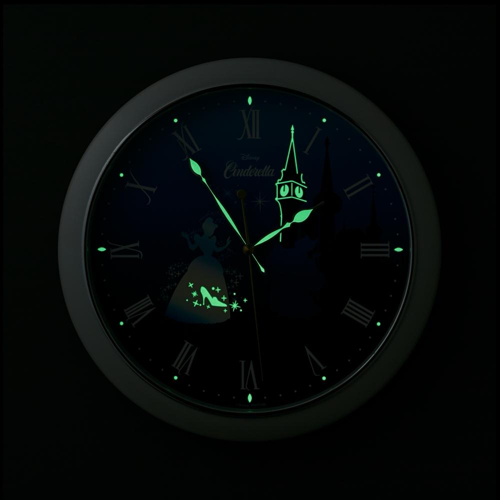シンデレラ 掛時計(暗くなると隠されたモチーフが光る)
