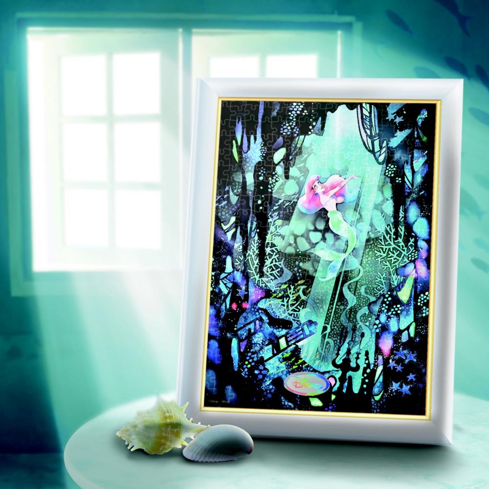 リトル・マーメイド ジグソーパズル ステンドアード ぎゅっと500ピース 光の色 影の色・シリーズ 「きっと素敵なところ…(リトル・マーメイド)」