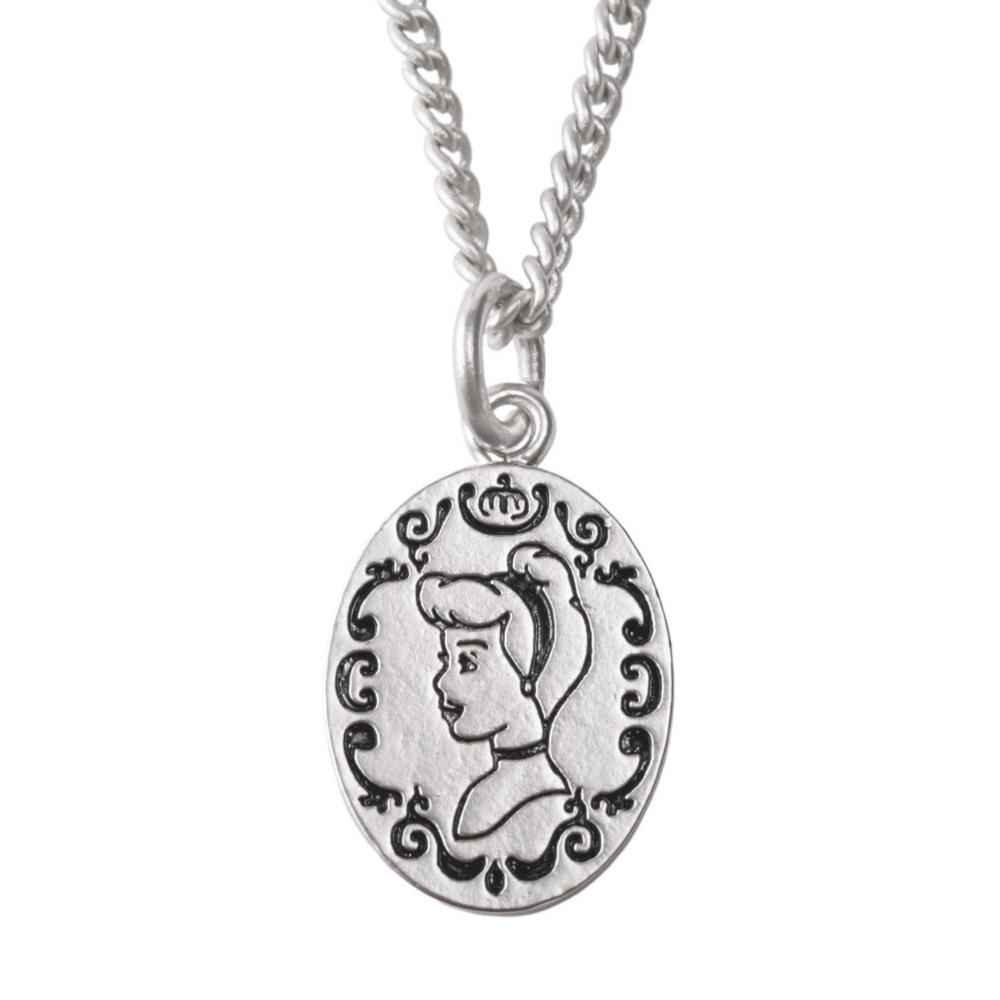 【キューポット】シンデレラ/ネックレス スパークルドレスマカロン