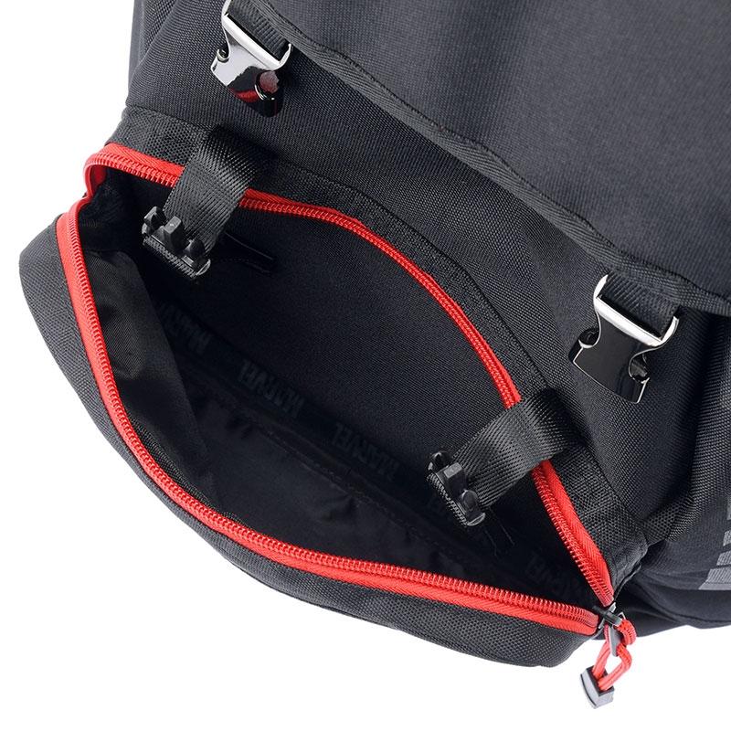リュックサック・バックパック マーベル ロゴ ブラック フラップ型 ワンカラー