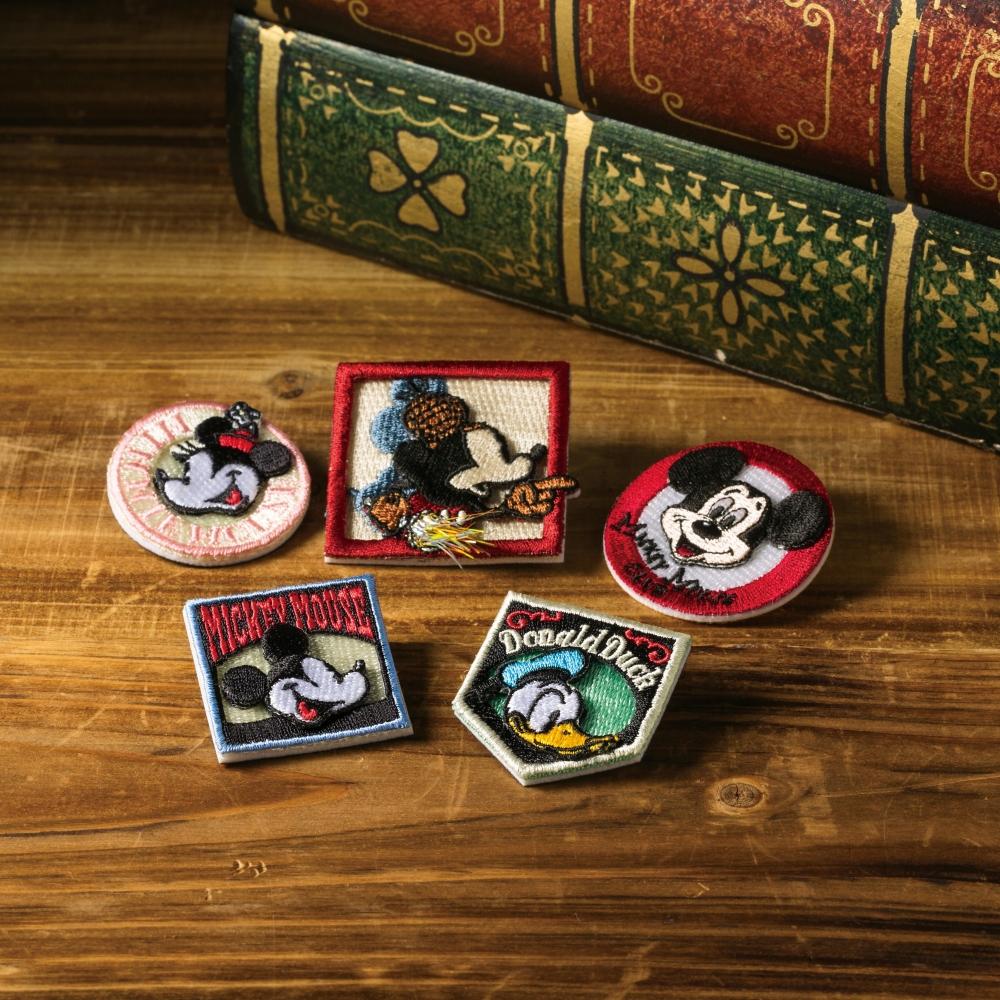 ミッキーマウス 刺繍ブローチ バッジミッキー