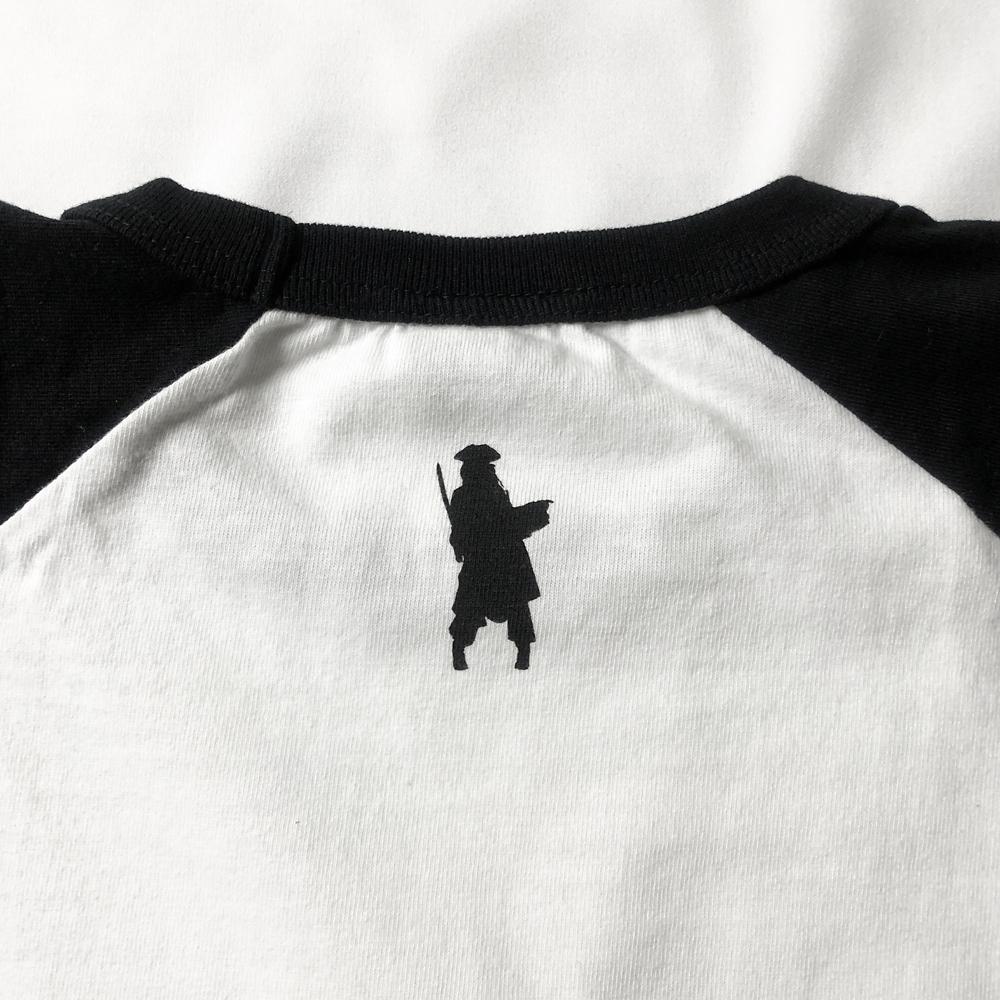 【キャラチョイ】パイレーツ・オブ・カリビアン JACK SPARROW ラグランTシャツ(ホワイト)