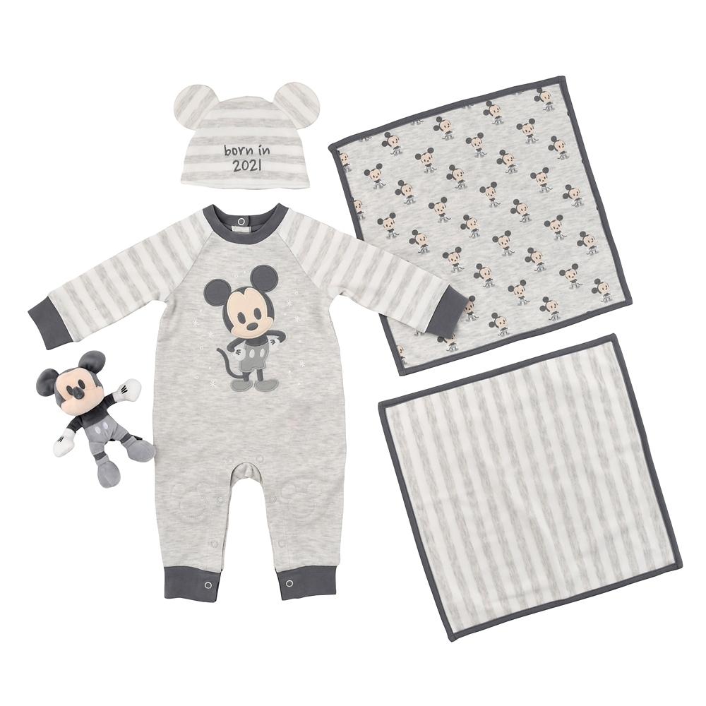 ミッキー BABY GIFT 5点セット born in 2021 Disney baby